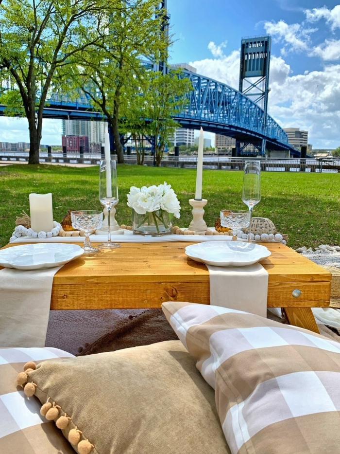 picnic downtown